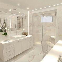 Cam dusa kabin ve cerceve ayna modeli ayri bir hava katmis👍🏻 sizce nasil ? Bathroom Design Luxury, Modern Bathroom, Small Bathroom, Master Bathroom, Washroom, Gold Bad, Shower Cabin, Dream Bathrooms, White Bathrooms