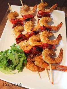 Prawn skewers with chorizo - Trend Appetizer Fine Dining 2019 Chorizo, Prawn Skewers, Beef Recipes, Cooking Recipes, Recipies, Bbq Appetizers, Appetizer Party, Parmesan Roasted Potatoes, Kebab