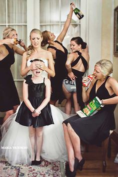 100+ Must-Have Wedding Photos (Ideas Gallery & Tips) ❤ must-have wedding photos awkward moment noе for kids eyes honeydew events ❤ See more: http://www.weddingforward.com/must-have-wedding-photos/ #wedding #bride #weddingphotography #weddingphotos
