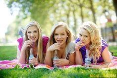 bff photo idea: Picnic!!