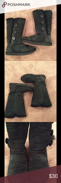 "Preloved black Uggs, size 6 Used but still life in them! Inside pile is thick and fluffy! Note third pic shows where stitching is missing on right boot. Not noticeable unless you are looking, happy to post more pics, please ask. 12"" style, 3 buttons. UGG Shoes"