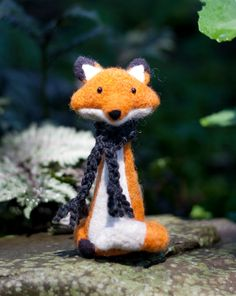 Needled felted fox                                                                                                                                                                                 Mais