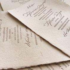 Карточки меню заслуживают отдельного внимания, для их изготовления использовали бумагу ручного литья с тиснением меню на двух языках для иностранных гостей. За потрясающее исполнение спасибо команде @specialinvite_ru  #свадьба #свадебноеагентство #организациясвадеб #организаторсвадеб #декор #длядвоих #сервировка #wedding #weddingagency #decor #dlyadvoih #weddingplanner #weddinginspiration #inspiration #kiss #almaty #KGweddingAlmaty #tablelayout