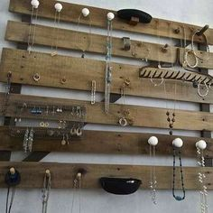 Find Your Re-Purpose: 15 Shipping Pallet Projects for the DIY Home.  Bob Villa - great ideas!