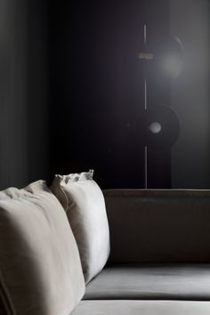 From the iconic Daybed to the grand Modular Sofa, all HANDVÄRK seating objects are meticulously designed in Denmark and characterized by aesthetic sustainability: a timeless object in a quality last a lifetime. Danish Furniture, Furniture Design, Modular Sofa, Velvet Sofa, High Level, Daybed, Matte Black, Infinite, Floor Lamp