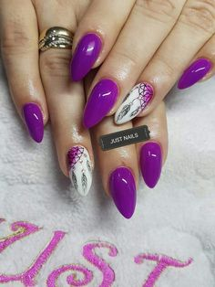 26 Ideas for pedicure designs purple style Pedicure Designs, Pedicure Nail Art, Elegant Nail Designs, Nail Art Designs, My Nails, Hair And Nails, Feather Nails, Nails 2018, Latest Nail Art