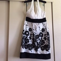 ✂️FINAL SALE Cotton Halter dress Side zipper, elastic back, black and white halter dress from Macys junior size 9. Worn a few times. Has thin molded cups in the top so you probably don't need a bra. Love Tease Dresses