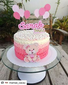A imagem pode conter: comida Birthday Cake Girls, Birthday Parties, Bolo Minnie, Baby Girl Cakes, Baby Shower, Floral Cake, Childrens Party, Baby Crafts, Confectionery