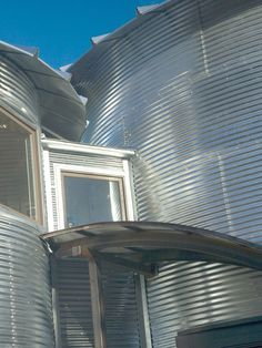 Build An Inexpensive Home Using Grain Silos | iDesignArch | Interior Design, Architecture & Interior Decorating eMagazine