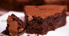 Ina Garten's Outrageous Brownies- Excellent- don't omit the coffee granules! Be sure to have plenty of milk on hand when eating these. They are the best brownies I have ever had. German Chocolate Cake Mix, Chocolate Brownies, Chocolate Cakes, Food Cakes, Cupcake Cakes, Earthquake Cake Recipes, Muffins, 9x13 Baking Pan, Soften Cream Cheese