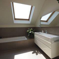 Bodenständig, aber mit moderner Wohnstruktur - Niederösterreich GESTALTE(N) Alcove, Bathtub, Bathroom, New Construction, Boden, Architecture, Standing Bath, Washroom, Bathtubs
