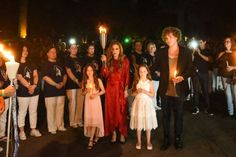 Lisa Marie Presley And Her Children Pay Tribute To Elvis At Graceland On 40th Anniversary Of His Death   ETCanada.com