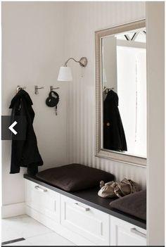 wiatrołap - Szukaj w Google Entrance Hall, Apartment Design, Mudroom, Foyer, Perfect Place, Interior Inspiration, House Design, Interior Design, Luxury