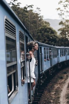 picture by mikutas | travel in style | wanderlust | exploring | explore | distant places | wild and free | wanderer | train | famous blogger |