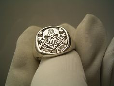 Memento Mori Masonic Ring ~ 935 Silver Masonic Art, Masonic Jewelry, Masonic Symbols, Memento Mori Ring, Freemasonry, Stone Jewelry, Man Jewelry, Jewellery, Knights Templar