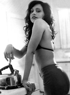 Brittany Murphy black hair