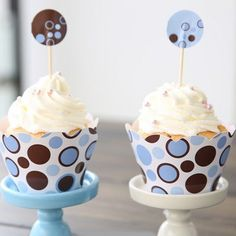 Blue and Brown Polka-dot Style 12pcs Cupcake Wrappers with 12pcs Cupcake Toppers Set | WholePort.com 4.99