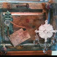 Re-purposes an old cabinet door.....soo gonna make one of these!