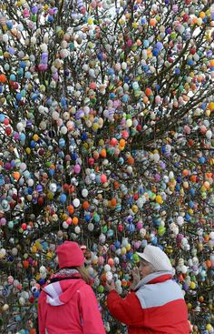 Germany: Colored Eggs and Chocolate Bunnies