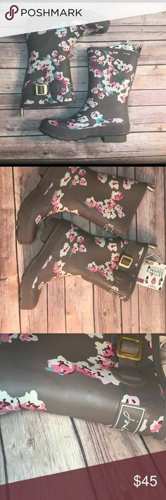 Floral wellies rain boots 🌧🍁🍂 Adorable rain boots, never used! Joules Shoes Winter & Rain Boots