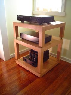 Another great looking HIFI rack built from IKEA Lack side tables. So clean and professional.