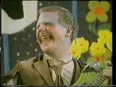Cardiacs - Tarred And Feathered - HQ...don't make em like that anymore...