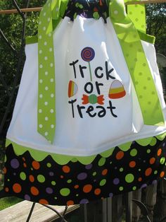 Items similar to trick or treat applique pillowcase dress on Etsy Halloween Pillowcase Dress, Pillowcase Dress Pattern, Pillowcase Dresses, Sewing Kids Clothes, Sewing For Kids, Baby Sewing, Barbie Clothes, Fairy Halloween Costumes, Halloween Outfits