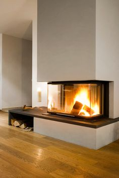 Most up-to-date Pic modern Fireplace Hearth Concepts A fireplace hearth is actually the working portion of a hearth the place the fireplace in fact bur Fireplace Hearth, Home Fireplace, Modern Fireplace, Living Room With Fireplace, Fireplace Design, Living Room Decor, Fireplace Ideas, Design Simples, House Siding