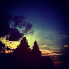 #colorful #night #green #yellow #blue #darkblue #orange