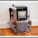 Buying a karaoke system can be hectic but here is a guide to help you choose the best. Karaoke System, All About Music, Entertaining, Tips, Funny, Counseling