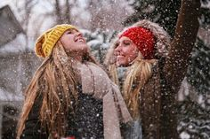 Bffs in the snow fun cute friend pictures, friend pics, best friend p Photo Best Friends, Best Friend Photos, Cute Friends, Best Friend Goals, Best Friends Forever, Friend Pics, Friends Shirts, Best Friend Photography, Snow Photography