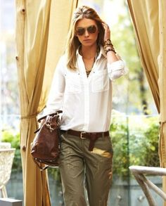 safari chic – khaki pants.