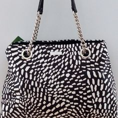 kate spade Elena Lindenwood safari tote This bag is very pre-loved, as reflected in the price  It has gray marks on the corners from wear, and the handles are cracked. kate spade Bags Shoulder Bags