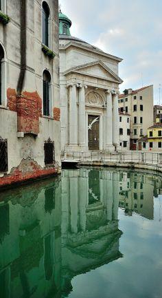Santa Maria Maddalena, Venecia. by Renato Pantini on 500px