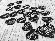 Handgemalte Tischkarten für deine Hochzeit. Jedes ein Unikat und ein toller Blickfang Music Instruments, Guitar, Collections, Place Cards, Gifts, Mariage, Guitars, Musical Instruments