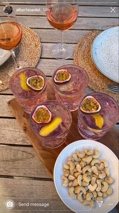 Brunch, Fancy Drinks, Summer Drinks, Tasty, Yummy Food, Aesthetic Food, Purple Aesthetic, Food Cravings, Love Food