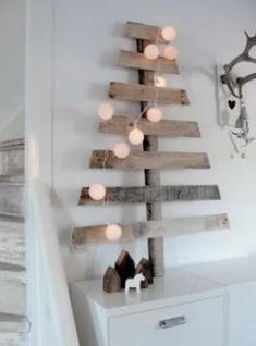 Easy Ideas for Handmade Christmas Decor. Spread holiday cheer with these Wall Christmas Tree - Alternative Christmas Tree Ideas and other holiday ideas. Pallet Christmas, Wooden Christmas Trees, Christmas Love, Rustic Christmas, Christmas Holidays, Christmas Decorations, Modern Christmas, Minimalist Christmas, Winter Holiday