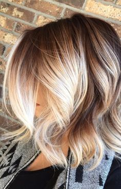 20 Blonde Balayage Ideas for Short Straight Hair, Regardless of your hair type a. - 20 Blonde Balayage Ideas for Short Straight Hair, Regardless of your hair type approach to flaunt e - Platinum Blonde Balayage, Balayage Blond, Hair Color Balayage, Balayage On Short Hair, Brown Hair With Highlights, Brown To Blonde, Ombre Brown, Brunette Highlights, Color Highlights