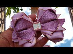 Aprenda fazer laço MAJÚ 2 ♥️ By Tathy Lima - YouTube Making Hair Bows, Diy Hair Bows, Diy Bow, Diy Ribbon, Ribbon Hair, Ribbon Crafts, Ribbon Bows, Satin Ribbon Flowers, Fabric Flowers