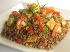 El arroz chaufa de mariscos es una rica comida que las personas fanáticas de la comida marina les encantan. Por ello, a continuación te damos la receta brindada por recetasgratis y un video referencial para que la disfrutes en casa.