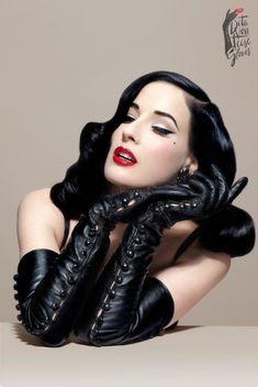Dita Von Teese - The Erotique Glove
