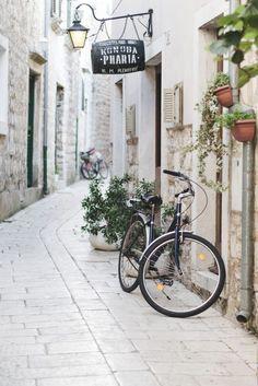 Cobblestone streets in Stari Grad, Hvar, Croatia - from travel blog: http://Epepa.eu