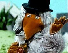 The Wombles, 'Underground overground Wombling free' 1980s Childhood, My Childhood Memories, 80 Tv Shows, Film Story, Retro Kids, Kids Tv, Vintage Tv, Cartoon Tv, The Good Old Days