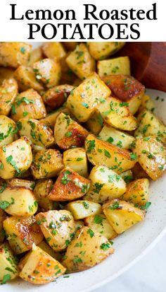 Lemon Roasted Potatoes - Hearty, bright and satisfying! A simple yet perfectly flavorful side dish that pairs so well with chicken, beef, salmon or shrimp. Potato Sides, Potato Side Dishes, Veggie Side Dishes, Healthy Side Dishes, Side Dish Recipes, Vegetable Dishes, Food Dishes, Potato Vegetable, Lemon Roasted Potatoes