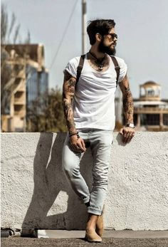 Pairing your denims is now simple stylenaga fashion, hipster Street Style Vintage, Stylish Men, Men Casual, Mode Hipster, Urban Fashion, Mens Fashion, Photography Poses For Men, Photography Tattoos, Men's T Shirts