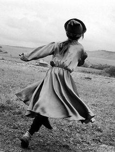 Claudine Doury - La Petite Vera, Baïkal, Siberia, 1999.
