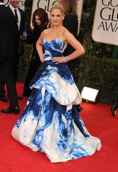 Celebrity & Entertainment | Sarah Michelle Gellar Goes Big in Monique Lhuillier For the Golden Globes! | POPSUGAR Celebrity