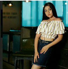 Child Actresses, Indian Actresses, Indian Teen, Look At You, Beautiful Actresses, Celebrity Photos, Off Shoulder Blouse, Bollywood