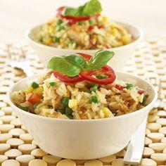 Broileririsotto syntyy helpoiten pitkäjyväisestä riisistä sekä herne-maissi-paprika pakasteesta isossa kattilassa tai pannussa. Testattu toimivaksi K-koekeittiössä.