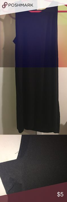 LITTLE BLACK DRESS LITTLE BLACK DRESS! Perfect for the summer to wear at the beach or dress up to go out. The sleeve has a slit on both sides that exposes your shoulder. I'm 5'5 and it comes to my knees Forever 21 Dresses Midi